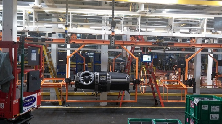 Automotive Instrument Panel Assembly Line - IntelliTrak 500 Series Overhead Conveyor