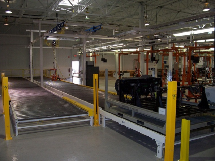 Automotive Instrument Panel Assembly Line with Roller Conveyor